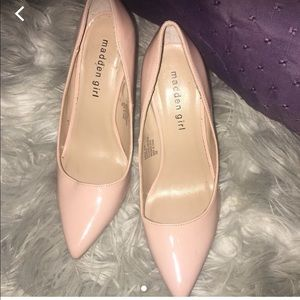 Light pink Pointy Heels